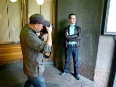 Jevgenij fotograferas för intervjun