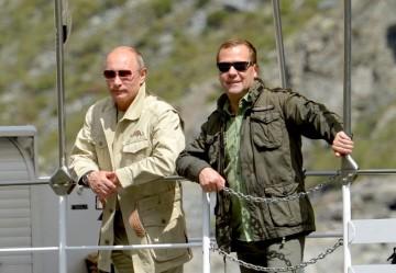 Medvedev och Putin i Tuva