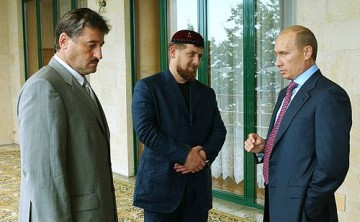 Kadyrov och Putin 2004. Foto: Kremlin.ru