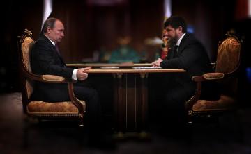Putin möter Kadyrov. Originalfoto: Kremlin.ru